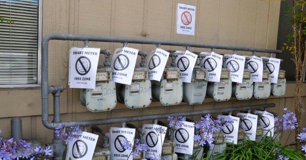 日本でも将来自動的に導入される「スマートメーター」米国で健康を害する電磁波、発火すると報告が相次いでる