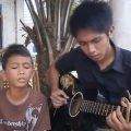 フィリピン少年2人組が名曲をカバー。幼い少年の信じられない歌声に感動の嵐が巻き起こった!