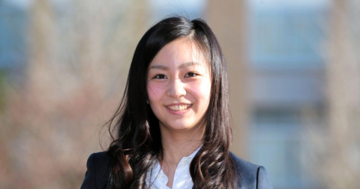 佳子さまがICU入学 初々しいスーツ姿で笑顔 可愛いと大絶賛!うん、素直にかわいいと思います