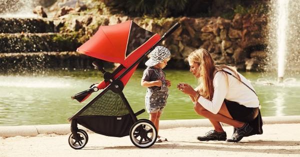 軽量より安全面を考えた海外製のベビーカーがママさんに大人気なんだって