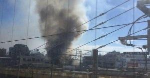 山手線 新大久保駅で爆発騒ぎ 煙が立ち上がりヤバそうな雰囲気 何が起きた?