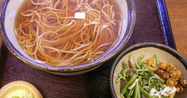 日本の山の幸を味わう!山菜料理の数々