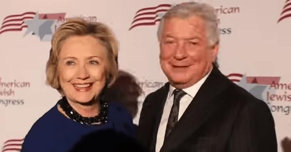 ヒラリー・クリントンと対決 な...