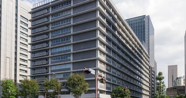 上場の日本郵政3社、株価崩壊始まる…投資家は多額損、崩れる成長シナリオ
