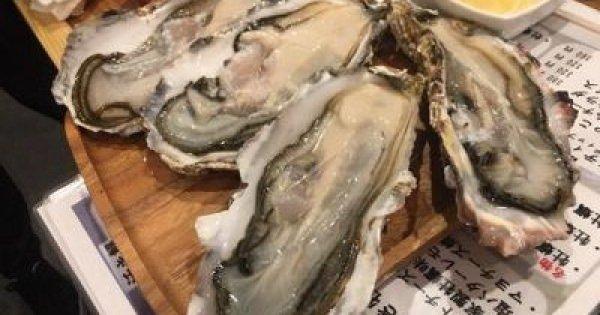 「焼き牡蠣」「蒸し牡蠣」に加えて、「生牡蠣」も制限時間内であれば食べ放題!