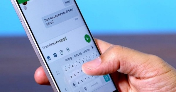 グーグル新キーボード。大きな手でも小さな手でも片手タイピング簡単!