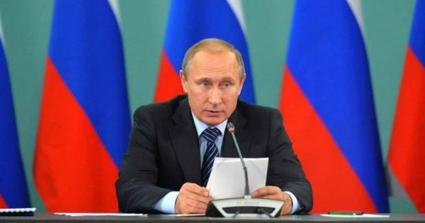 <・・・その名はプーチン!身体を張って国民を守ろうとする姿が光る> ISISに資金提供している40カ国をプーチンがG20で明らかに <我が国を筆頭に私利私欲に画策する西側のリーダーたちがいるから光る!>