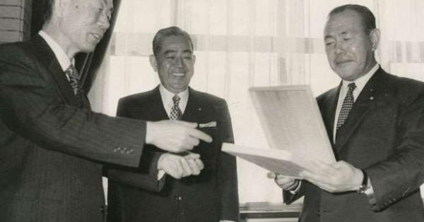 <・・・日本の戦後はどこまで続く?> 米国に嫌われた宰相・田中角栄の孤独 「秘密指定」解除された米公文書を徹底検証