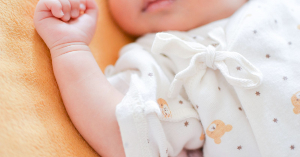 育児休業「1歳半まで」の延長が検討されている法定育休とは