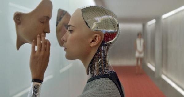 カルトヒットのAI映画「エクス・マキナ」 は絶対観ておきたい映画!
