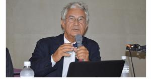 精神病院を廃止したイタリアの大学教授が講演 「精神医療はピアサポートが主流に」