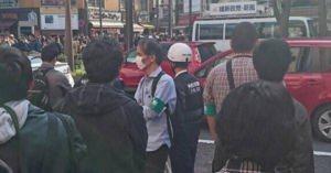 <まぁ~呆れかえるというのか~?> 維新政党・新風の街頭演説で暴力事件!抗議していた男性に殴る蹴るの暴行!犯人は逃走中!