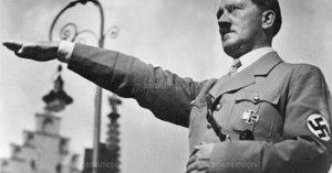 「ヒトラー正しかった」と言ってしまう人工知能!マイクロソフト社は実験中止に!