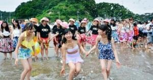 <・・・平成の人身御供なのか?> 福島・いわきで海開き 震災影響、2カ所のみ | 2016/7/16 - 共同通信 47NEWS