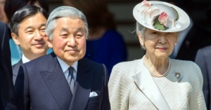 """<・・・天皇家と田布施族は対峙している?> 天皇陛下の生前退位は""""周到に用意されたうえでの報道だった"""" 〜国会が皇室典範の改正で時間を取られている間に、安倍政権を退陣に〜"""