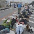 いつまで戦後を痛めつけられる~いつまで我慢させられる!! 「海兵隊アウト」200人が抗議 女性暴行事件で辺野古シュワブ前