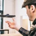 これは便利!「自撮り専用ドローンカメラ」空中に浮かんだカメラで自撮り撮影!