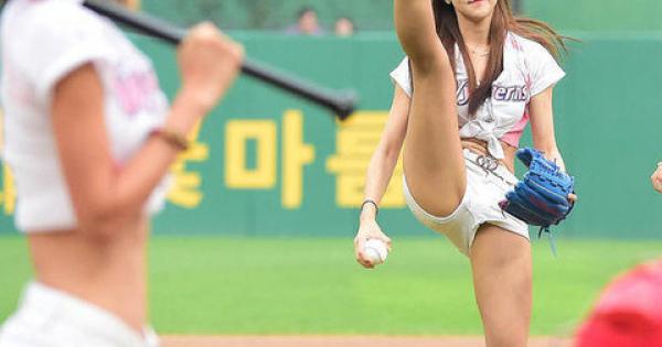 韓国名物!! これが噂の「セクシー始球式」 SNS画像集まとめ