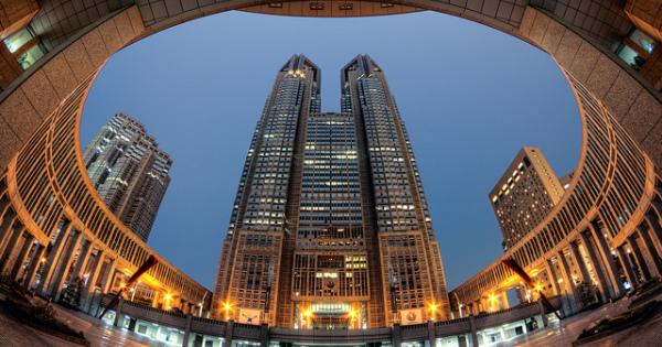 隠れたデートスポット!「東京都庁展望台」の夜景はロマンチック!