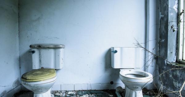 夜、おしっこに行けない…トイレにまつわる怖い話