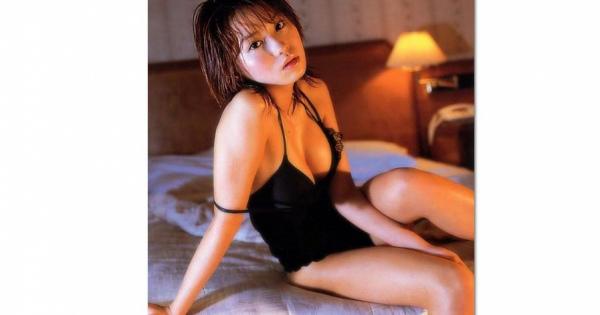 エロい人妻女優♡「市川由衣」♡セクシーボディ画像まとめ