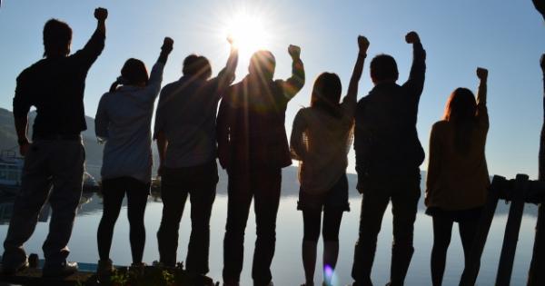 「人生を変えたい」本当の心の喜びとは?今こそ世の中を変える幸せ連鎖を