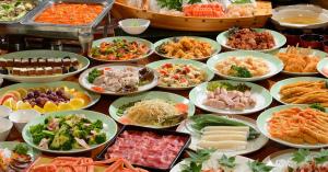 量が推し!人気の食べ放題スタイルの業態の数々