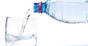 """ミネラルウォーターに発がん性物質""""硝酸態窒素""""が含有!ペットボトルの水はもはや安全な飲料水ではない"""