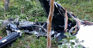 【訃報】結婚式場にヘリコプターでダイナミック入場した新婦、墜落し乗り組み者4名死亡