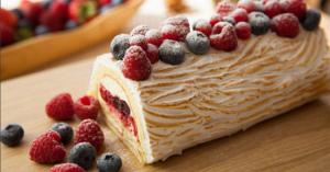 「市販のロールケーキで作る♪」簡単♡アレンジ【クリスマスケーキ】🎄レシピ【13選】☆
