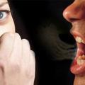 あなたの舌の色は何色?ピンクじゃなければ危険信号!簡単口臭チェックと対策法