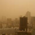 西寄りの風の影響?各地で観測される黄砂