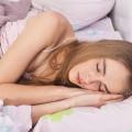 寝る前に食べては危ない食べ物をご紹介!寝る前の食べ物にはご注意!