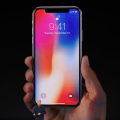 Apple iPhone X登場 あなたは買う?買わない?