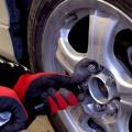 自動車のタイヤ交換 まとめ動画