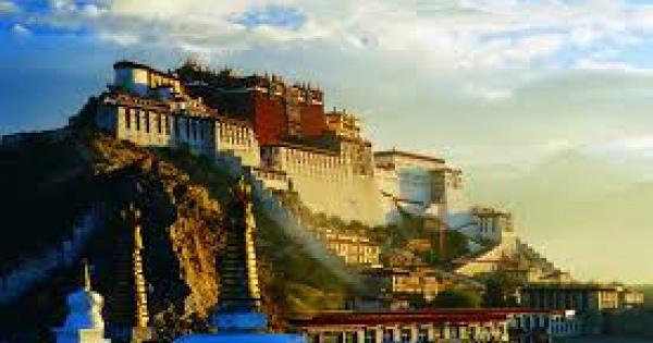 【神の地】美しすぎる世界遺産!!「ラサのポタラ宮歴史地区」