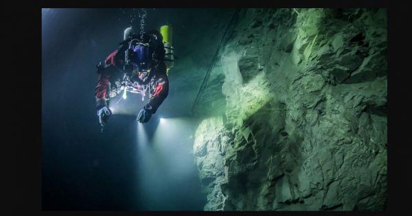 知ってる? 世界一深い【水中洞窟】! 神秘的な「ヘラニツェ深淵」のロマンあふれる【情報】まとめ  #チェコ共和国