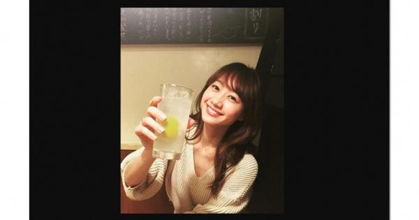 酒好きモグラ女子『高田秋』さんに注目! 毒舌美女のビューティフルな「画像&動画」厳選大量まとめ #保存版   #水着