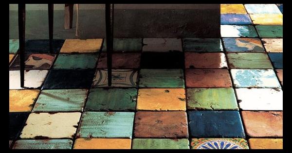 【DIY・食器タイル】モザイクタイル下から見るか横から見るか。タイルの使い方を考えつつまとめてみました。