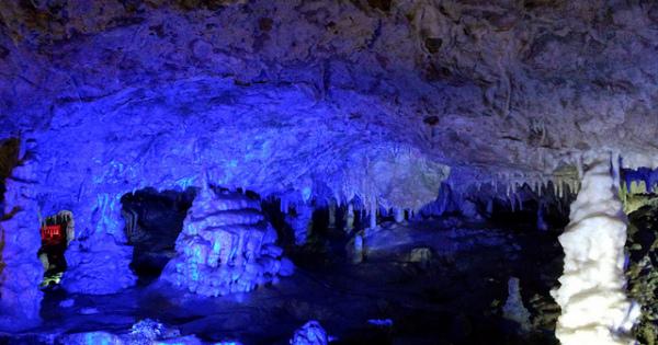 「飛騨大鍾乳洞」で大自然が作った神秘的な世界を体験しよう!!
