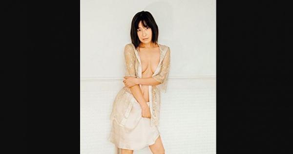 衝撃【伝説のグラドル】アラフォー美女「小野真弓」さんの過激写真集&キュートな笑顔が眩しい【画像】総まとめ #セクシー