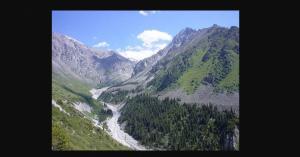 中央アジア【憧れトリップ】弓月国「キルギス」 の美しき大自然と美女を堪能する「画像」まとめ  #キルギスタン #Kyrgyz
