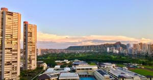 ハワイ(オアフ島)でのおすすめの過ごし方1日目 空港からホノルルまでのモデルプラン