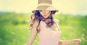 コーディネイトのポイント「帽子」の似合うヘアアレンジ