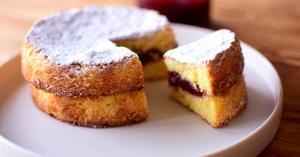 英国アフタヌーンティでも人気のお菓子♪【ヴィクトリアンケーキ】レシピ集♡