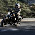 バイクに乗るのに必要な装備とは?