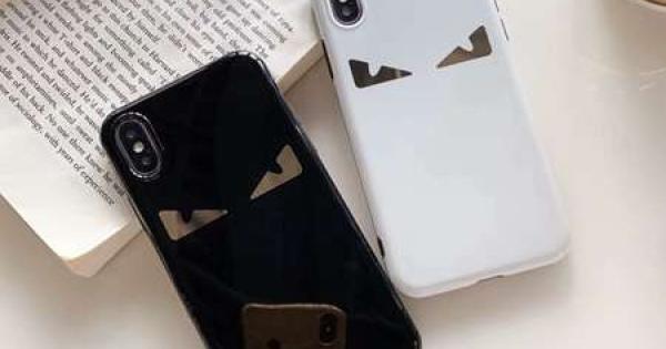 Fendi iphonexr xs ケース フェンディ かわいい アイフォン8 8plus カバー 目柄 ブランド柄 ブラック ホワイト IMD素材 男女兼用 ペア向け