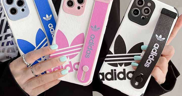 adidas スマホケース