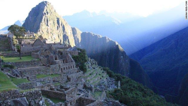 ペルーのマチュピチュ遺跡で「ヌード観光」多発、対策強化へ
