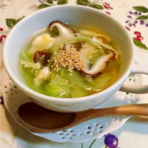 シャキシャキレタスと椎茸のスープ